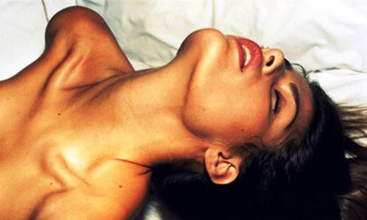 Στοματικό σεξ ονομάζονται οι σεξουαλικές πράξεις στις οποίες χρησιμοποιείται το στόμα και η γλώσσα ως μέσο ερεθισμού των γεννητικών οργάνων.