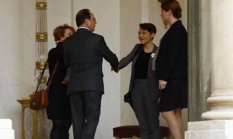 Γαλλία: Με θύματα των επιθέσεων της 13ης Νοεμβρίου συναντήθηκε ο Ολάντ