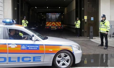 Τρομοκρατικές επιθέσεις Βρυξέλλες: Σε κλοιό ισχυρών μέτρων ασφαλείας πλέον η Βρετανία