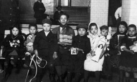 Ομολογία Ευρωπαίου αξιωματούχου: Να γίνει η Ελλάδα... Ellis Island της Ευρώπης