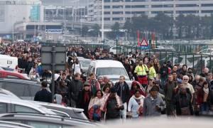 Τρομοκρατικές επιθέσεις Βρυξέλλες: Ο Τεν Τεν δακρύζει για το μακελειό στο Βέλγιο (pics)