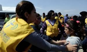 Ένταση και επεισόδια στην Ειδομένη - ΜΚΟ αποσύρουν τα μέλη τους