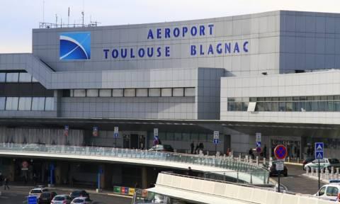 Εκκένωση του αεροδρομίου της Τουλούζης – Φόβοι για νέα τρομοκρατική επίθεση (Pics & Vid)