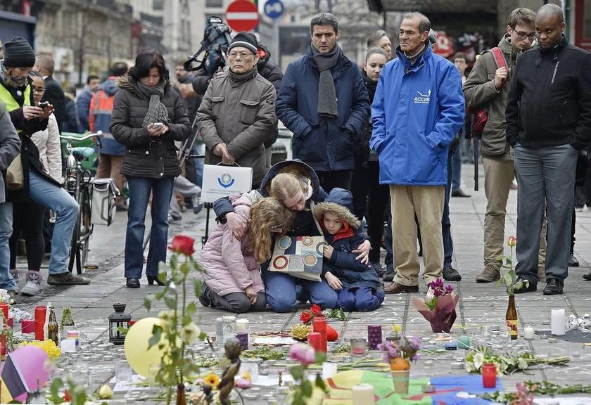 Τρομοκρατικές επιθέσεις Βρυξέλλες: Η ισχυρότερη βόμβα δεν εξερράγη (Pics& Vids)