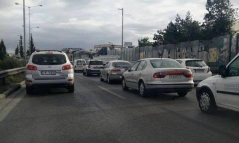 Κυκλοφοριακό «έμφραγμα» στους δρόμους της Αθήνας – Πού παρατηρούνται προβλήματα