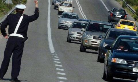 25η Μαρτίου: Αυξημένα τα μέτρα της τροχαίας - Απαγόρευση κυκλοφορίας φορτηγών