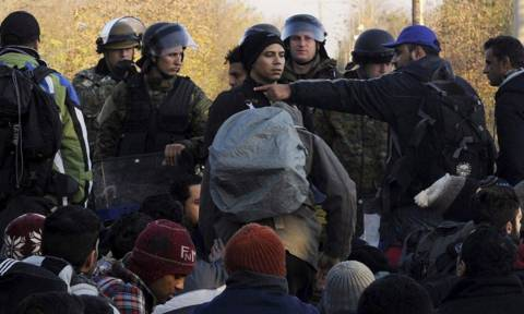 Στην Τουρκία επέστρεψαν 76 παράτυποι μετανάστες