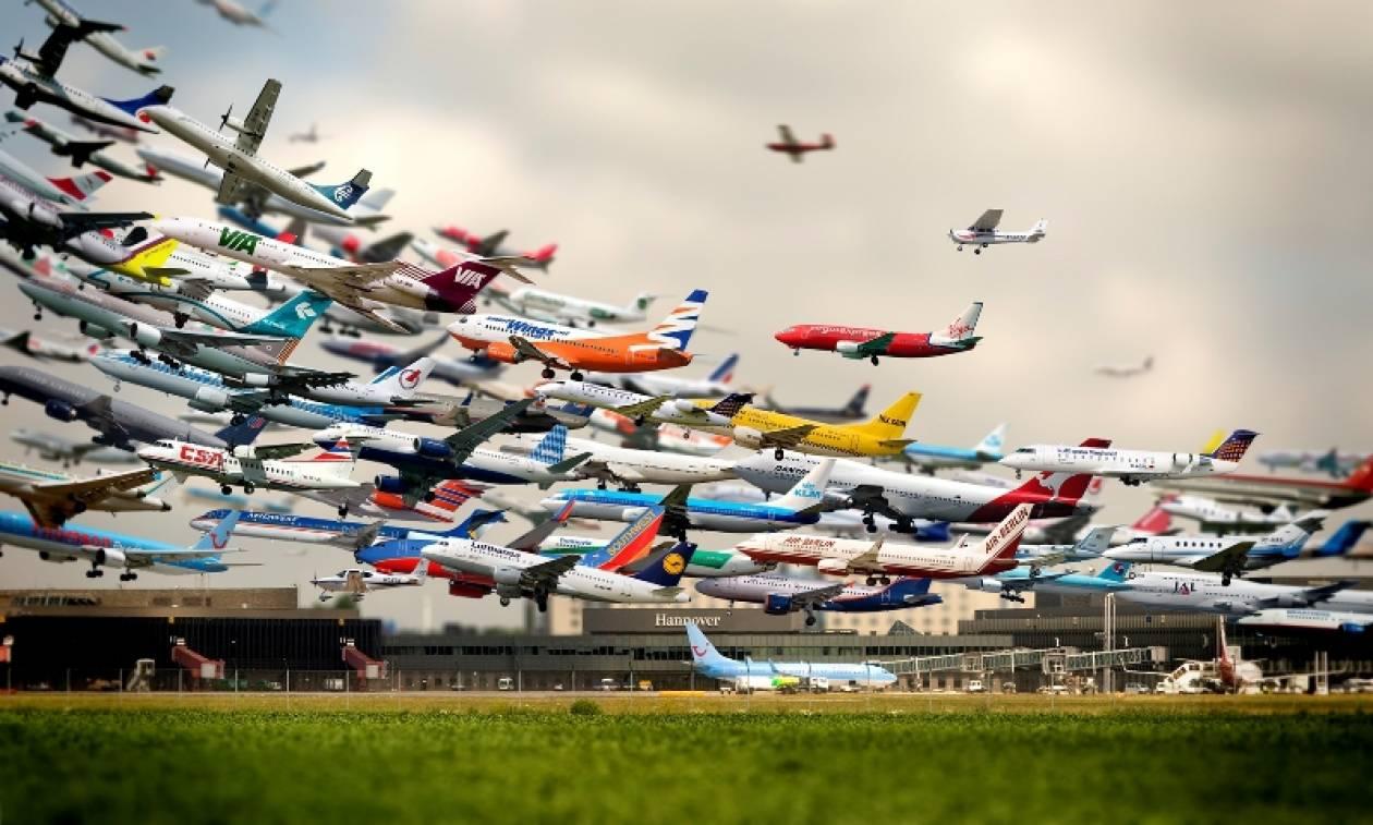 Φακέλωμα με τη μορφή του «κατεπείγοντος» σε όλους τους επιβάτες των αεροπλάνων!