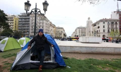 Παρέλαση… διαμαρτυρίας από πρόσφυγες στη Θεσσαλονίκη!