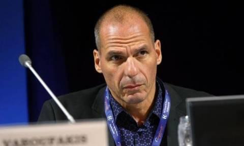 Βαρουφάκης: Είχε ετοιμάσει επιστολή παραίτησης από τον Απρίλιο του 2015