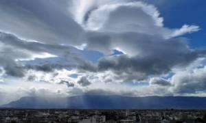 Άστατος ο καιρός το Σάββατο – Βροχές και πτώση της θερμοκρασίας