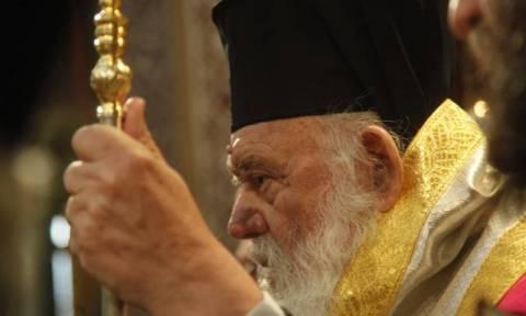 Απάντηση του Αρχιεπισκόπου στα δημοσιεύματα για την επίσκεψή του στους πρόσφυγες