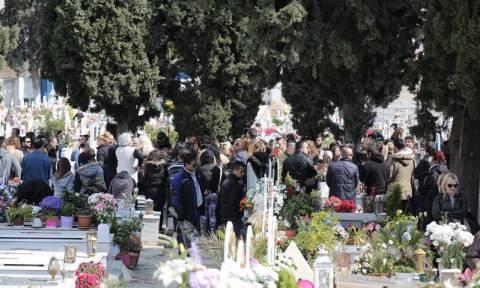 Μνημόσυνο Παντελίδη: Τον τίμησαν όπως του άξιζε (photos+videos)