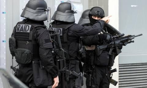 Συνελήφθη ύποπτος που ετοίμαζε τρομοκρατικό χτύπημα στη Γαλλία (Vid)