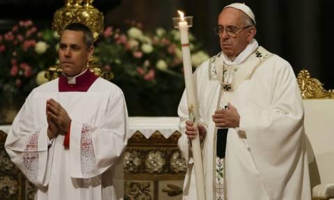 Ο πάπας Φραγκίσκος προσεύχεται για τα θύματα της τρομοκρατικής επίθεσης στο Πακιστάν