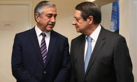 Υπό την σκιά των τουρκικών προκλήσεων η συνάντηση Αναστασιάδη-Ακιντζί