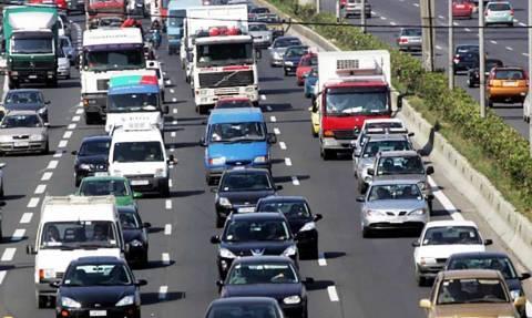 Αυτοκίνητα: Αλλαγές - σοκ σε τέλη κυκλοφορίας, φορολογία κι απόσυρση
