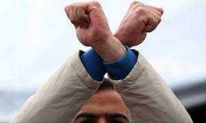 Κυβερνητική σύσκεψη στη Βουλή για το προσφυγικό - Παραμένει ο «πονοκέφαλος» για Ειδομένη