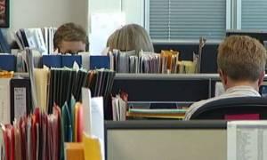 Αιτήσεις - εξπρές για 2.970 εποχικές προσλήψεις μέσα στον Απρίλιο