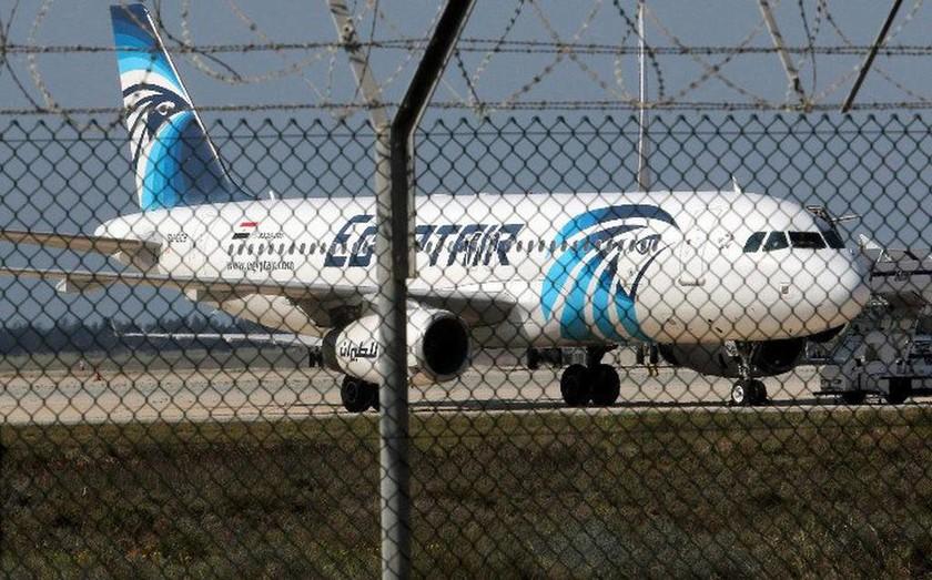 Αεροπειρατεία Κύπρος:  Οι πρώτες φωτογραφίες από το αεροπλάνο!
