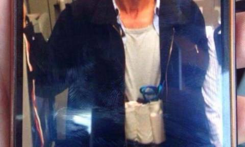 Αεροπειρατεία Κύπρος: Σοκάρει νέα φωτογραφία του αεροπειρατή στη Λάρνακα με γιλέκο εκρηκτικών