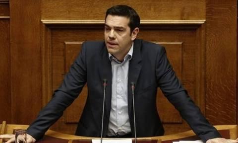 Συζήτηση στη Βουλή: Εξεταστική για τα δάνεια κομμάτων και ΜΜΕ προανήγγειλε ο Τσίπρας (vid)