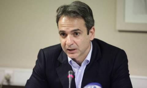 Συζήτηση στη Βουλή – Μητσοτάκης προς Τσίπρα: Παραιτήσου, ας αποφασίσει ο λαός