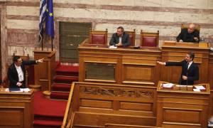 Άγρια… Δύση στη Βουλή! Τσίπρας: Να ανακαλέσετε τώρα – Μητσοτάκης: Καθίστε κάτω (video)