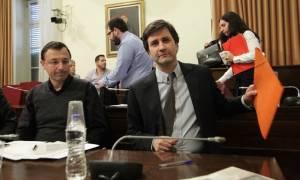 Capital controls: Την σταδιακή άρση τους μετά την αξιολόγηση ανακοίνωσε ο Χουλιαράκης