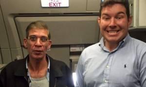 Αεροπειρατεία Κύπρος: Ποιος είναι ο Βρετανός που έβγαλε selfie… με τον αεροπειρατή