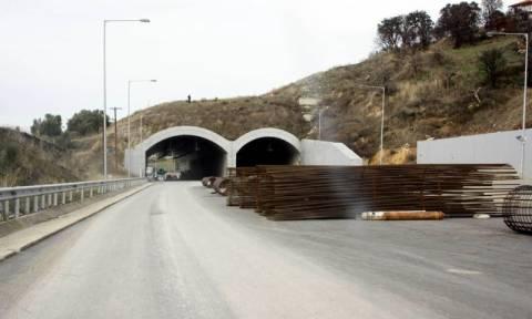 Κλειστός και την ερχόμενη εβδομάδα ο αυτοκινητόδρομος Τρίπολης - Καλαμάτας στη σήραγγα Ραψομάτη