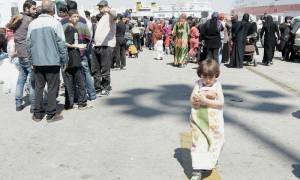 Προσπάθεια αποσυμφόρησης του Πειραιά - Στην Κυλλήνη μεταφέρονται πρόσφυγες