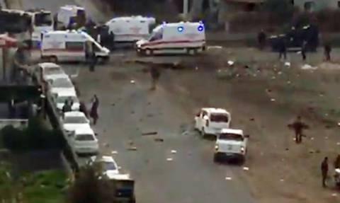 Τουρκία: Επτά νεκροί από βομβιστική επίθεση εναντίον οχήματος της αστυνομίας - Οργή Ερντογάν (video)