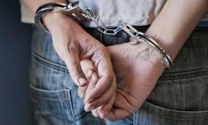 Λακωνία: Συνελήφθη 48χρονος για παράνομη οπλοκατοχή και ναρκωτικά