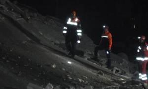 Τουρκία: Δεκάδες εγκλωβισμένοι από κατάρρευση επταώροφου κτιρίου στο Μάλτεπε