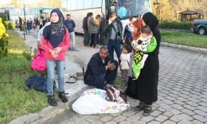 Από τα Ιωάννινα στην Ημαθία τέσσερα λεωφορεία με πρόσφυγες