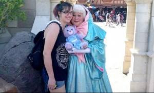 Πριν μερικές εβδομάδες έχασε τη νεογέννητη κόρη της-Δεν θα πιστεύετε τι περιέχει μέσα το αρκουδάκι