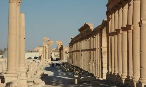Φρίκη στην Παλμύρα: Μαζικό τάφο με γυναικόπαιδα ανακάλυψαν οι συριακές αρχές