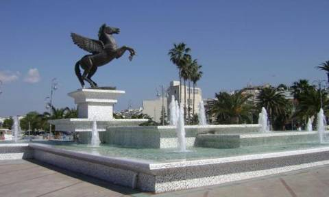Στην πορεία κατά της ανεργίας του δήμου Πάτρας, συμμετέχει η Κόρινθος