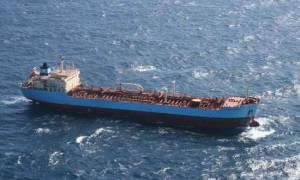 Σύγκρουση αλιευτικού με φορτηγό πλοίο ανοιχτά της Κυλλήνης