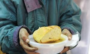 Ποιοι «τρώνε» με χρυσά κουτάλια από την τροφοδοσία των hotspots