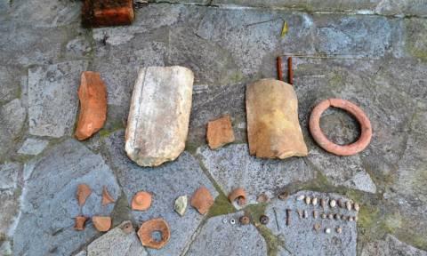 Αιτωλοακαρνανία: Δικογραφία σε βάρος αρχαιοκάπηλου - Δείτε τι βρήκαν στο σπίτι του! (pics)