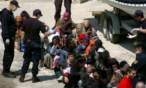 Έκτακτη σύσκεψη για το προσφυγικό στη Χίο