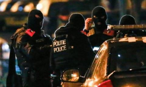 Νέος αμφιλεγόμενος νόμος στη Γαλλία: Ένοπλοι πράκτορες με πολιτικά θα κυκλοφορούν σε τρένα