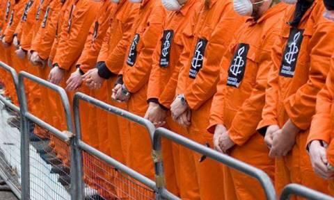 ΗΠΑ: Λιγοστεύουν οι κρατούμενοι στο Γκουαντάναμο