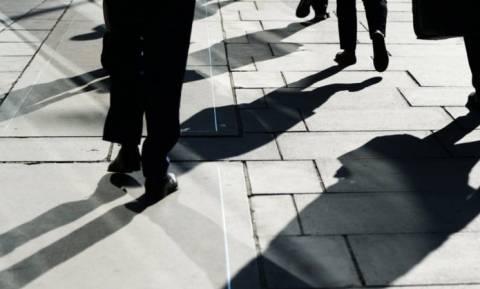 Προσλήψεις 24.574 ανέργων σε δήμους και κέντρα φιλοξενίας