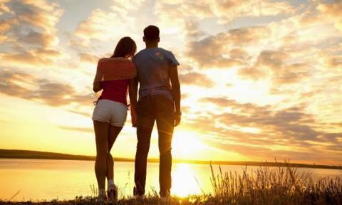 Ποιους ανθρώπους ερωτευόμαστε και γιατί σύμφωνα με τη Νευροεπιστήμη