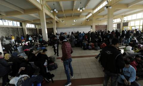 Συνεχίζονται οι αφίξεις στα νησιά - Περισσότεροι από 200 πρόσφυγες και μετανάστες έφτασαν χθες