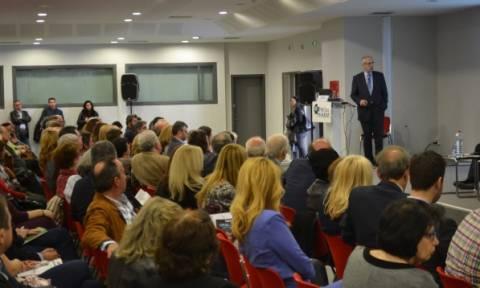 Έκκληση Λουράντου να οργανωθεί το ωράριο των φαρμακείων κατά τα ευρωπαϊκά πρότυπα
