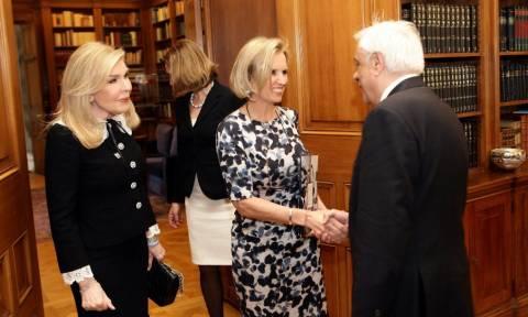 Παυλόπουλος: Να τελειώσει άμεσα ο πόλεμος και να επανέλθουν οι πρόσφυγες στις εστίες τους